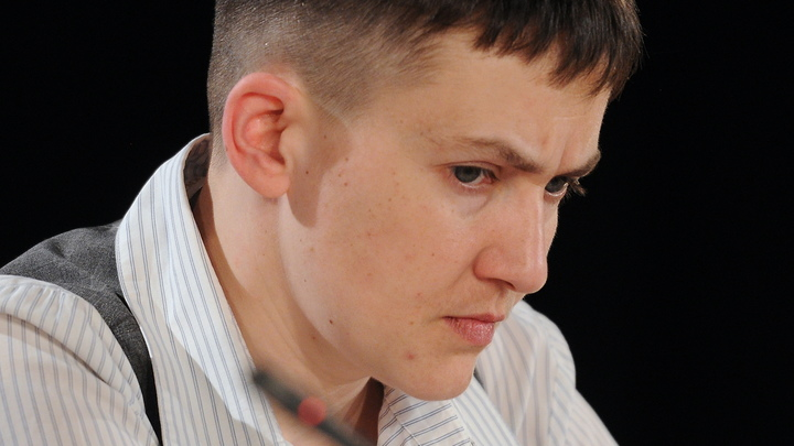 Савченко на пороге СБУ призвала народ сделать свой выбор