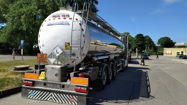 Автовладельцев в Беларуси с завтрашнего дня ждут новые цены на бензин