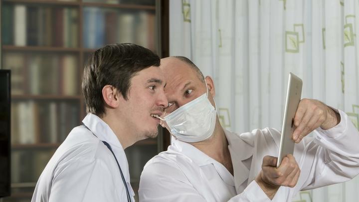 Забота или?.. Доктор Мясников раскрыл, зачем в платных клиниках так любят гонять людей на анализы