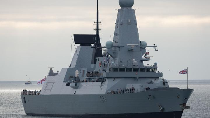 Британский миноносец «присоединился» к проходу кораблей России через Ла-Манш - видео