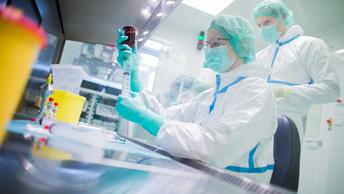 Ученые научились выявлять рак через анализ крови