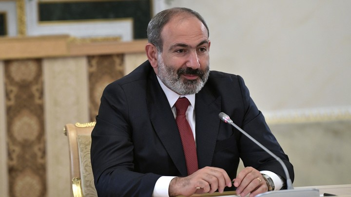 Премьер-министр Армении - о разговоре с Путиным: Больше не будем покупать у России нефть за доллары