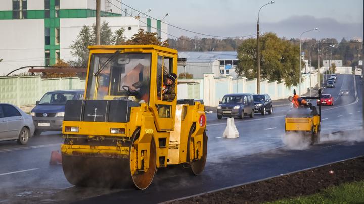 Андрей Травников потребовал жёстко контролировать ремонт дорог в Новосибирской области