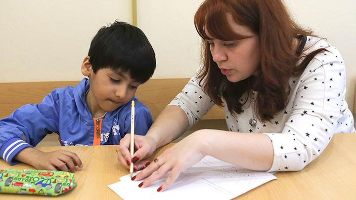 Мигранты вместо русских: Кто будет вынужден менять школу