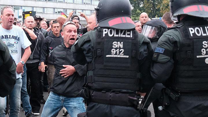 Взбунтовавшийся Хемниц: Германия пожинает плоды своей миграционной политики