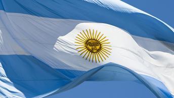 В Аргентине автобус с футболистами-детьми протаранил мост: есть погибшие и раненые