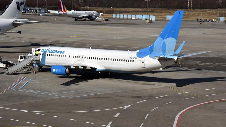 Boeing «Победы» с отказавшим двигателем успешно сел в аэропорту Внуково