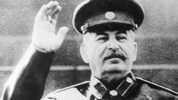 Коммунисты любят в Сталине царя