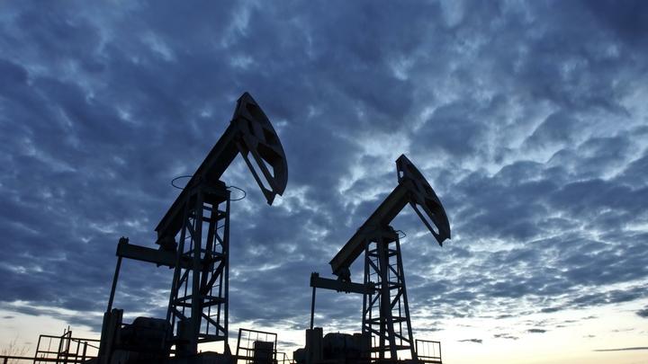 Поставили условие на миллион: Bloomberg узнал о готовности России сократить добычу нефти