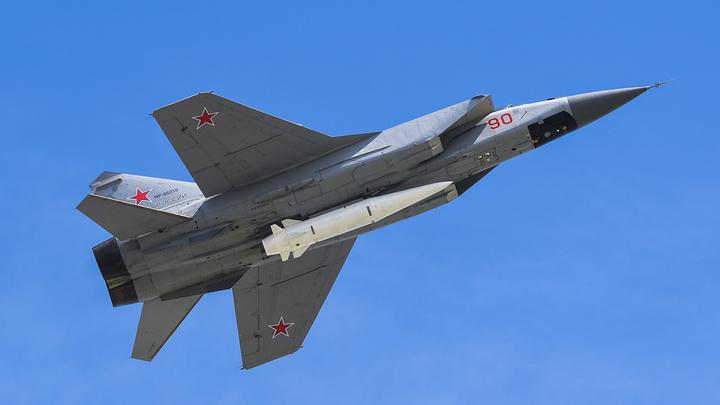 Кинжалами и не только: В Минобороны рассказали, чем Россия ответит США на переброску военных