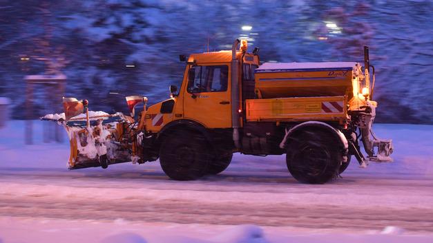Саратов тонет во льду и снегу: Жители города требуют ввести режим ЧС, идёт сбор подписей