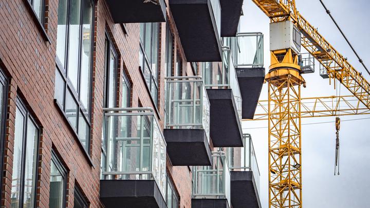 Реновации не будет: глава минстроя объяснил, какие дома снесут в Екатеринбурге