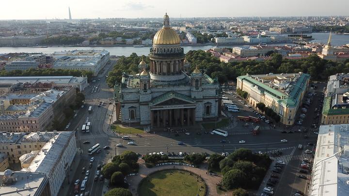 Число заболевших коронавирусом в Петербурге снизилось на 40%, но ситуация нестабильная