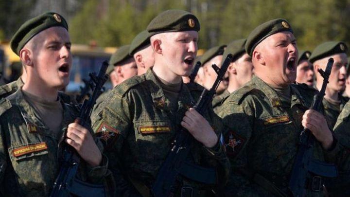 В Нижнем Новгороде провели первую репетицию парада Победы в Великой Отечественной войне