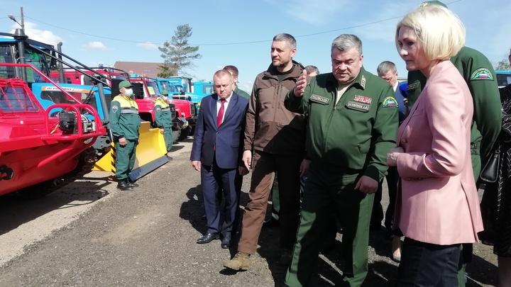 Виктория Абрамченко: Спецтехнику Авиалесохраны надо использовать для помощи после наводнений