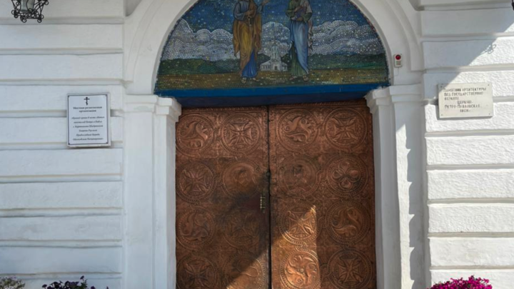 Курганского губернатора поразили двери храм в Куртамыше