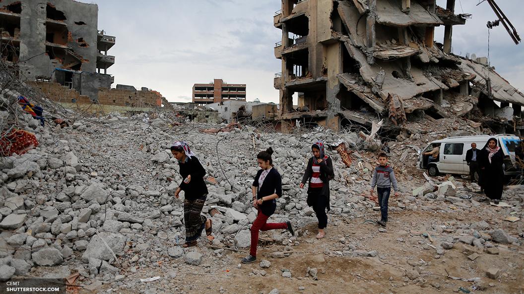 12 мирных жителей погибли в результате нового удара ВВС коалиции по Сирии