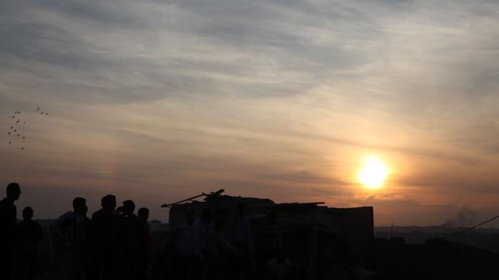 Боевики готовят постановочную атаку ВКС России в Сирии с запрещёнными боеприпасами