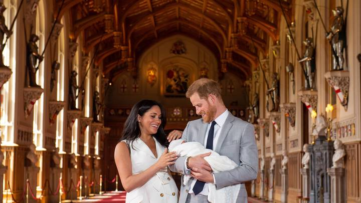 Меган Маркл и принц Гарри положили конец пересудам о том, где родился их сын