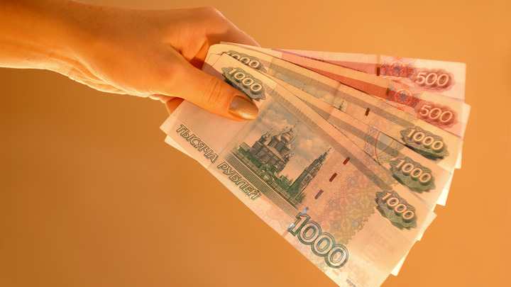 АВМЯК!: Альбац попросила подписчиков заплатить за её обед в Барашке