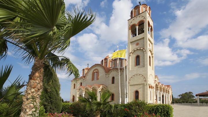 Американо-русофобское лобби давит на Церковь Кипра, вынуждая признать ПЦУ