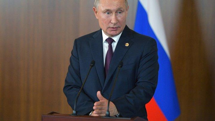 Как с дуба рухнули: Путин жёстко спустил чиновников на землю из-за справки для водителей
