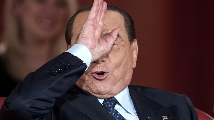 Биение крыльев бабочки в Китае вызывает ураган в Техасе: Штаб Берлускони загадочно сообщил о его падении