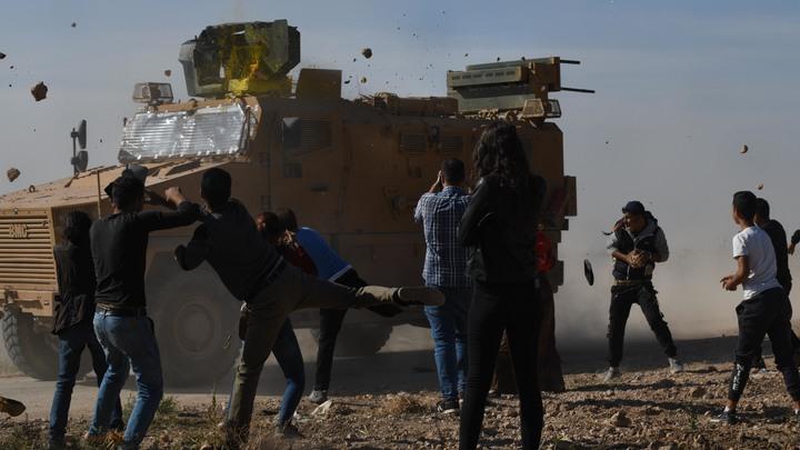 Их всегда будут встречать камнями: Военкор узнал, почему курды атаковали конвой России
