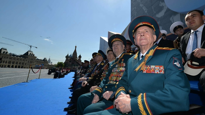 Уральские чиновники отказали в жилье 93-летнему ветерану ВОВ, живущему в чужом доме без удобств
