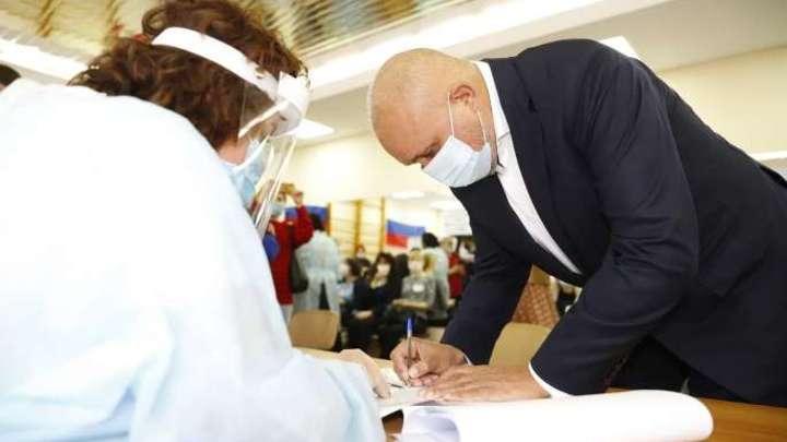 Губернатор Кузбасса Сергей Цивилев проголосовал на выборах в Госдуму России