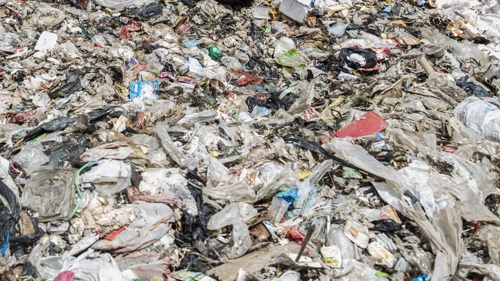 На мусорном полигоне Аннино в Подмосковье нашли три очага возгорания