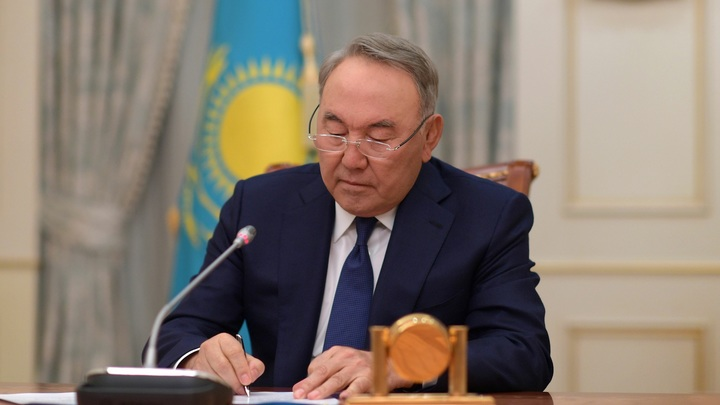 Независимость меняют на Нурсултана: Пять городов Казахстана по-своему отблагодарят Назарбаева
