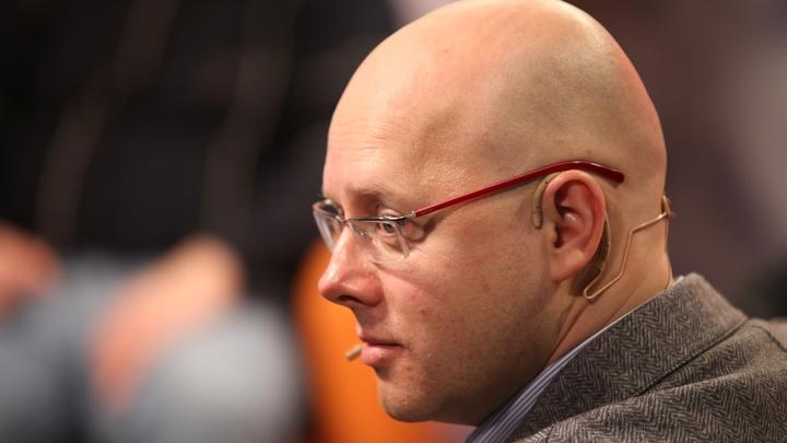 Сенатора Белякова заставили остановить прямую трансляцию встречи с Медведевым