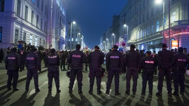 Похищение российского ребенка в Вене: Посольство РФ в постоянном контакте с полицией