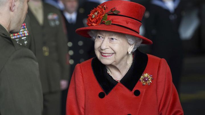 Неуютный символ: Студенты Оксфорда потребовали избавиться от портрета Елизаветы II