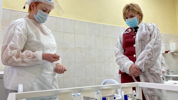 Вакцину «ЭпиВакКорона-Н» могут начать производить за рубежом
