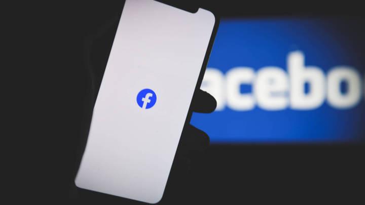 Facebook и Twitter ждёт публичная порка? Соцсетям придётся ответить за навешивание ярлыков