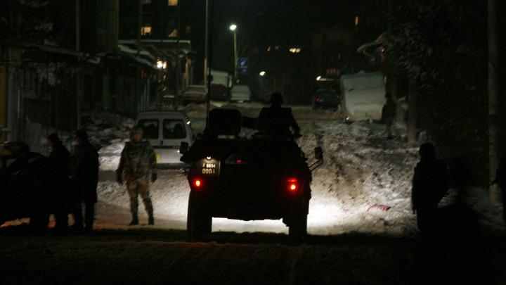 Один из министров Косова оказался в больнице после разгона толпы спецназом