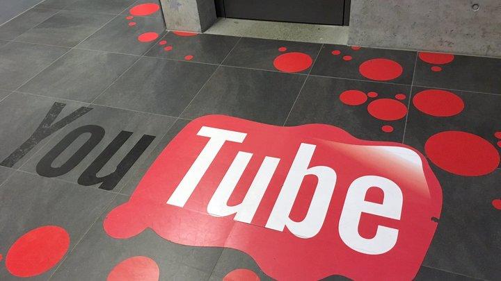 Пятна крови и страшные крики: Сотрудники YouTube рассказали, как прятались от стрелка
