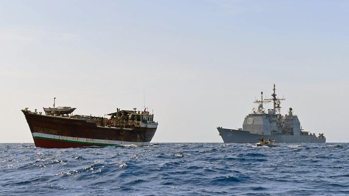 Испугавшись НЛО над Тихим океаном, моряки ВМС США остановили учения