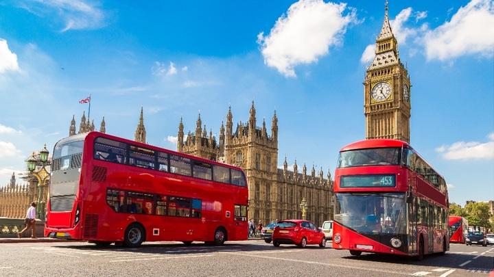 У иностранных олигархов в Великобритании начнут отбирать жилье