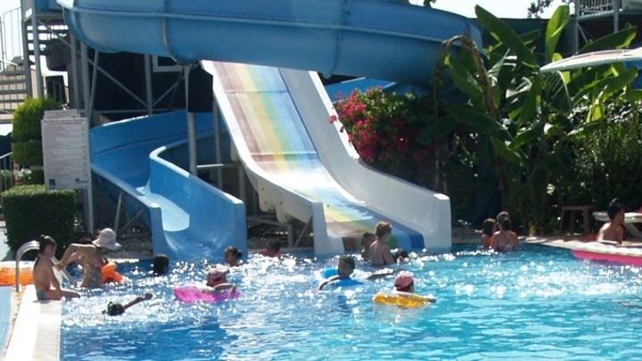 Концентрация хлора в аквапарке Таганрога превышала норму в 1,6 раз