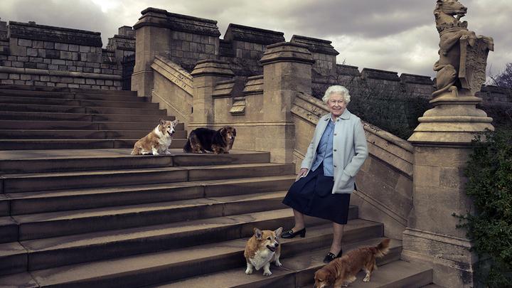 Королева Елизавета II не будет отрекаться от престола