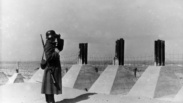 К 9 мая СБУ готовит на Украине масштабную реабилитацию немецкого нацизма