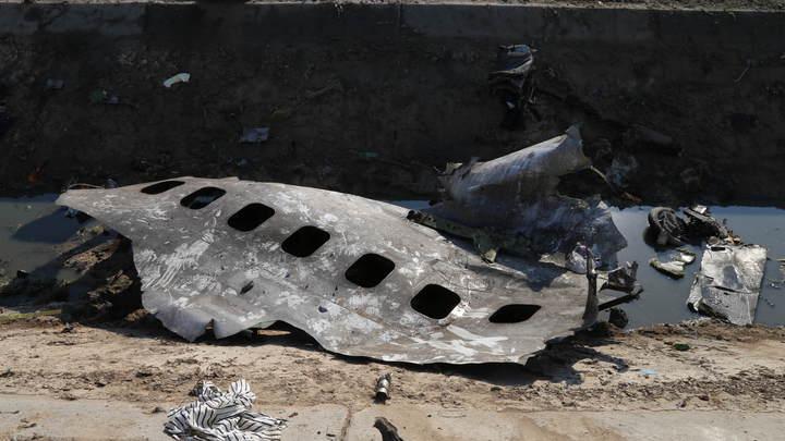После трагедии в Иране украинцы отправили в отставку главного расследователя авиакатастроф