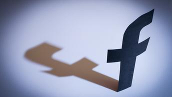 Глава Института развития Интернета рассказал о причинах сбоев в Facebook