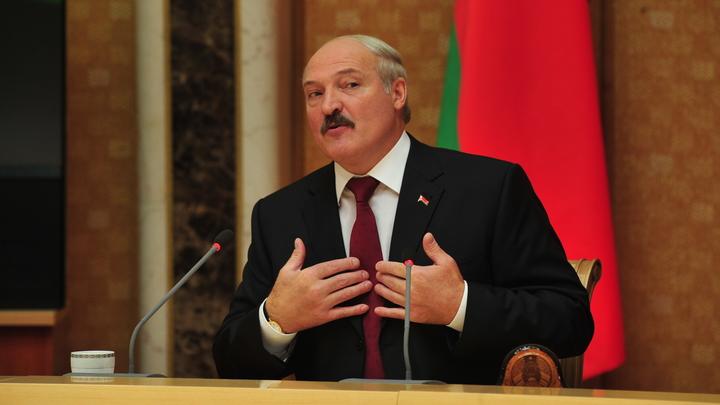 Лукашенко: Россия сама бросила Белоруссию в объятия Запада