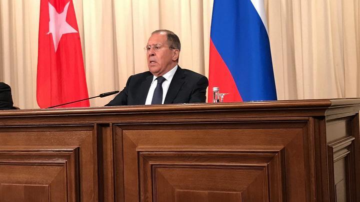 Лавров посоветовал британцам не злоупотреблять терпением Путина и русского народа
