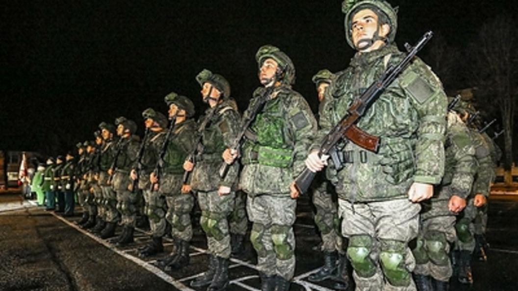 МинобороныРФ обнародовало фото стренировки парадных расчетов вПодмосковье