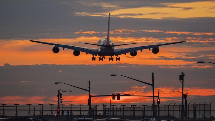 Эстония включилась в авиабойкот Белоруссии после залётного рейса